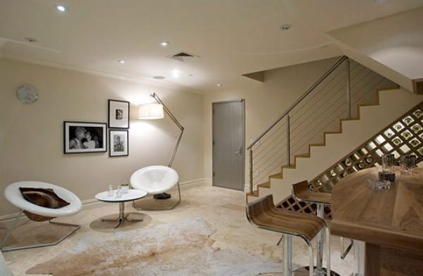 Если у Вас есть подвал, то его можно переделать в уютную комнату, кабинет или даже винный погреб. Стоит только немного проявить  знания и умения в дизайне.