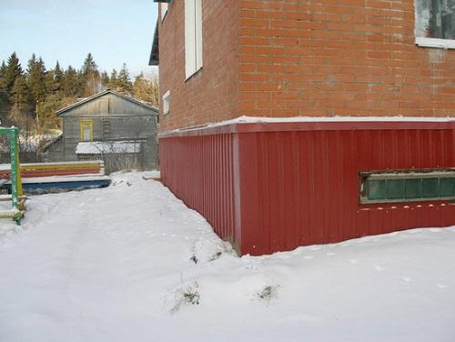 Отделка фундамента дома своими руками профлистом фото 516